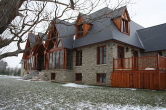 Lake Simcoe House ready for move in!