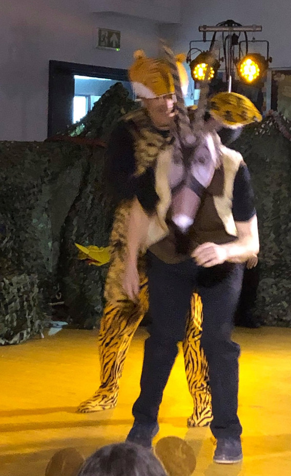 Tiger and antelope 3.jpg