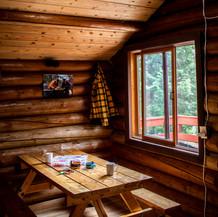 cabin_01.jpg