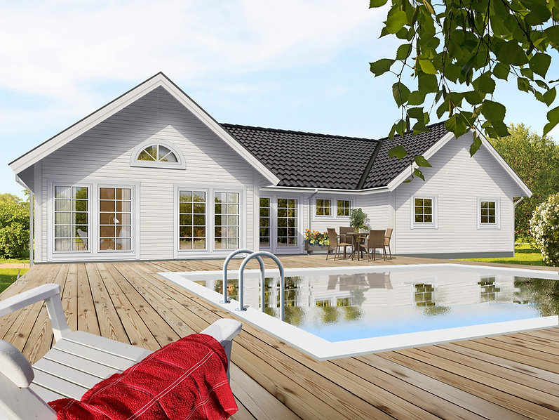 Floods Trähus Gisslaren. Vitmålat H-format enplanshus med stora glaspartier och svart tak av betongtegelpannor. Baksida med utemöbler och pool
