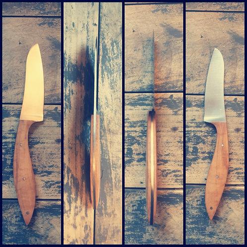 Couteau artisanal de cuisine, office, manche en cade