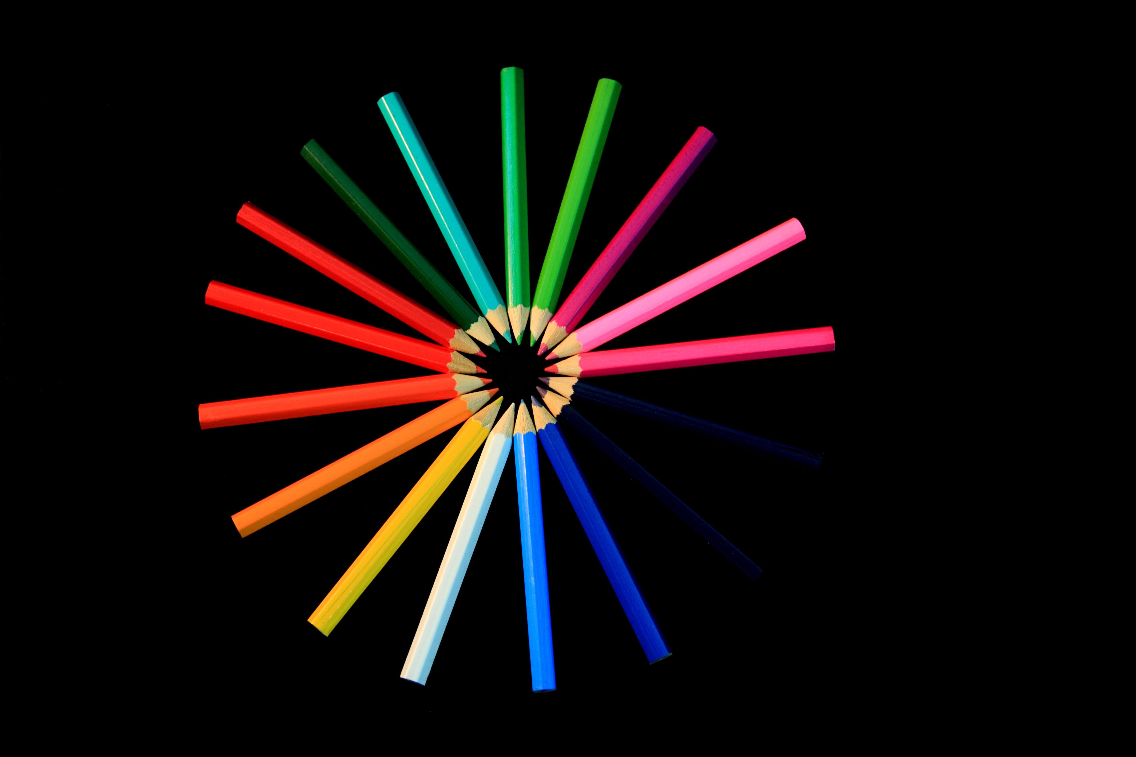 Cercle de crayons de couleur