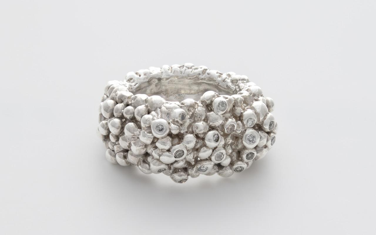Bubbles and Diamonds Organic Silver