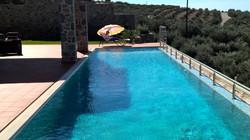 16mx4m pool: go gor a swim!