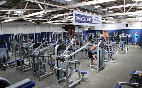 Large and well equipped weights room with dumbbells up to 85kg, numerous free weights, plate loaded machines and selectorized machines.