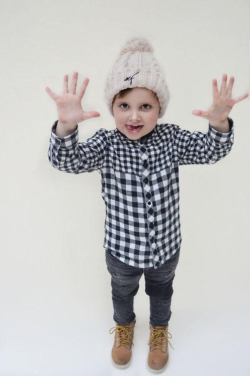 Junior Oatmeal Cable Knit hat