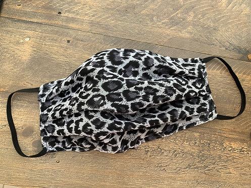 B&W leopard print mask