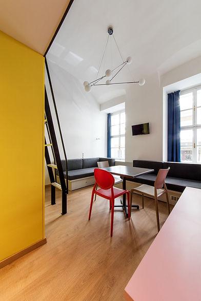 dice_apartments_fonagy_dora_02.jpg