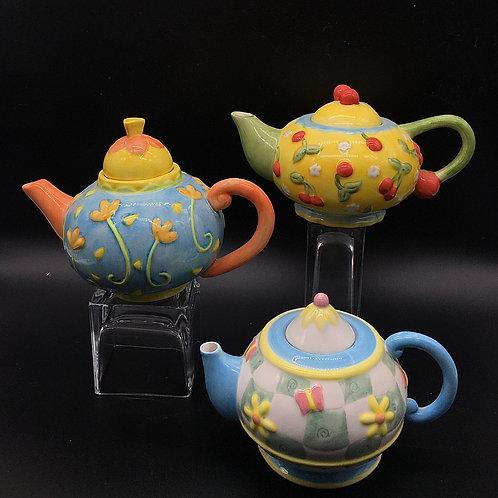 Oneida Mini Teapots, set of 3