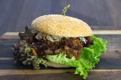 delikat-pulled-pork-burger