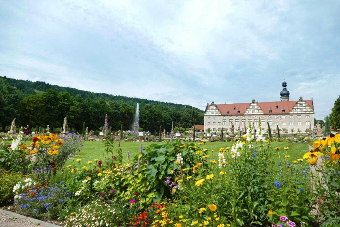 Schloss-Weikersheim-Garten3