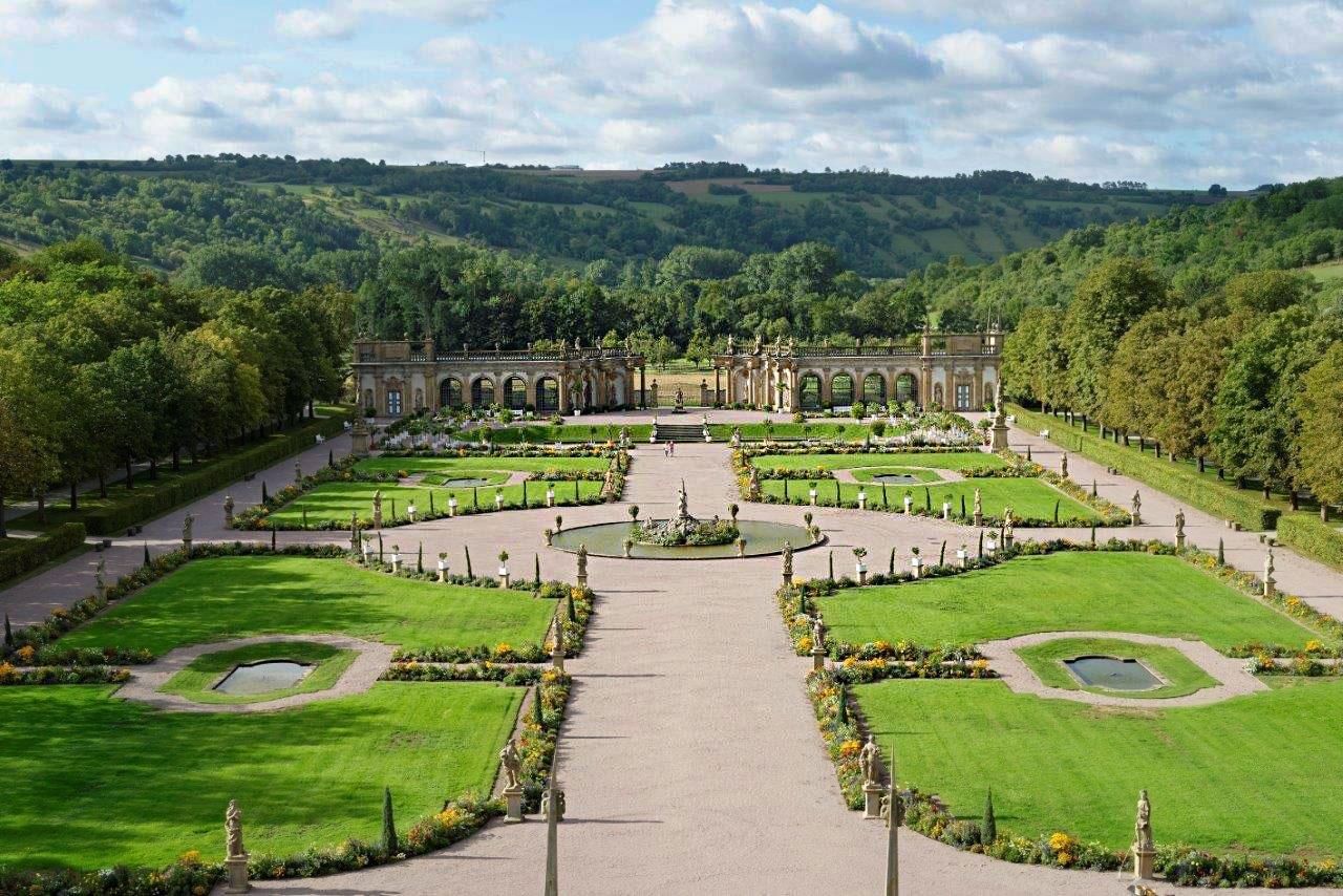 Schloss-Weikersheim-Garten2