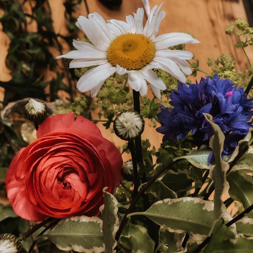 Boho flower arrangements