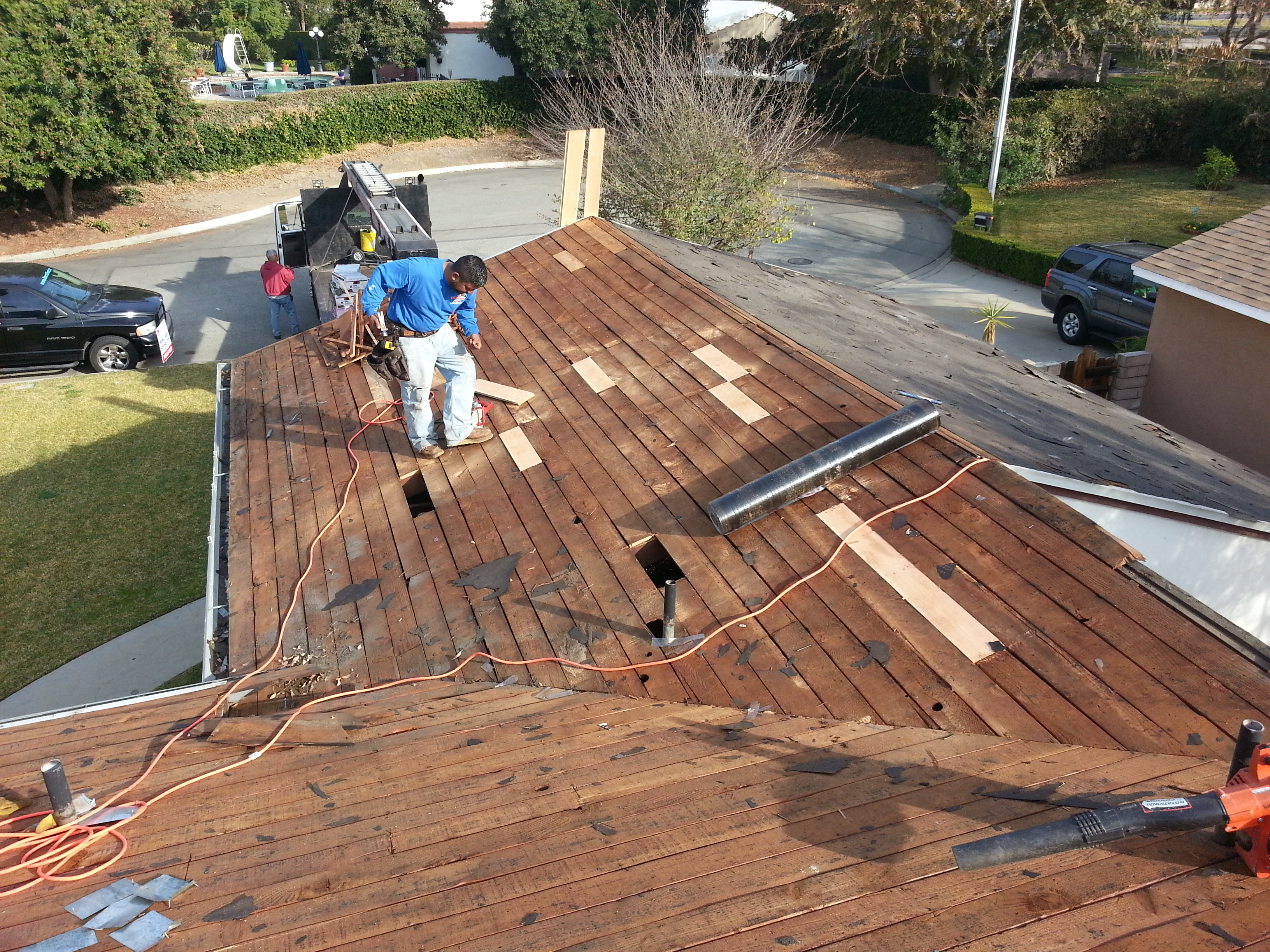 Covina Composition Shingles During (6).jpg