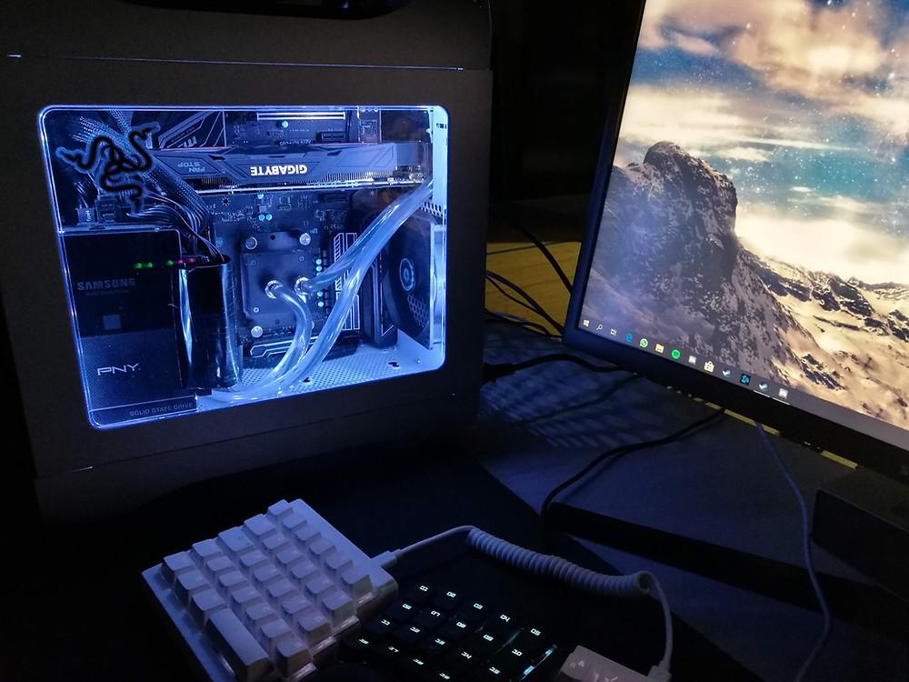 Julius Javanaisen pimeässä hohtava tietokone