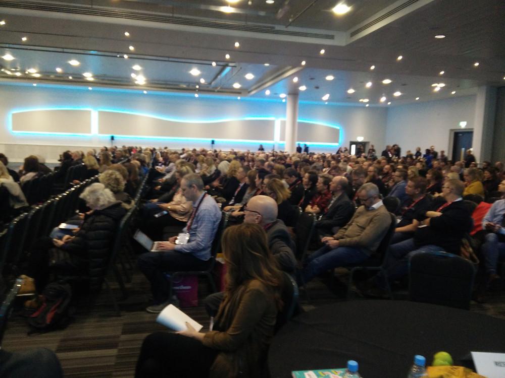 Yleisöä NordicBett-tapahtumassa