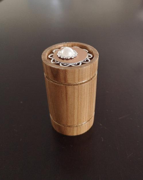 Reliquaire en bois tourné vintage Perle a prix exclusif