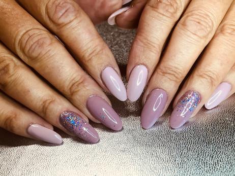 Classic Gelish Nails