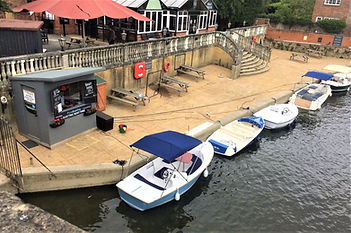 Pure boating electric boat hire Wallingford
