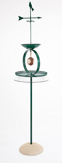 Spa bird table with squirrel baffle