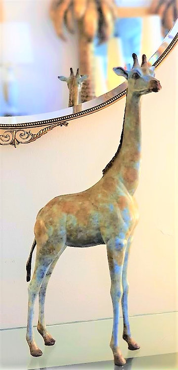 "Contemporary patina bronze ""Giraffe"" -  Sculpture by Chantal Porras"