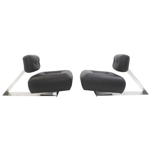 Mid Century Lounge Chairs by Oscar Niemeyer