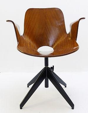 "Mid Century Modern ""Medea"" Swivel Chair by Vittorio Nobili"