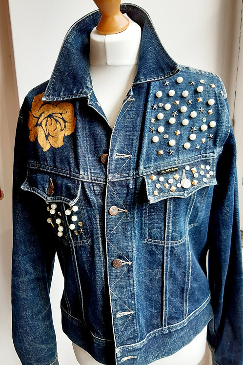Gold flower jacket
