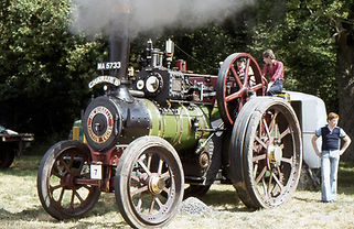 Charlie B Burrell Traction Engine.jpg