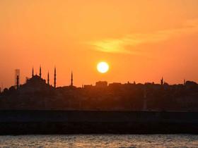 The Bells of Hagia Sophia Toll | Κρούν στην καρδιά μου οι καμπάνες της Αγιάς Σοφιάς