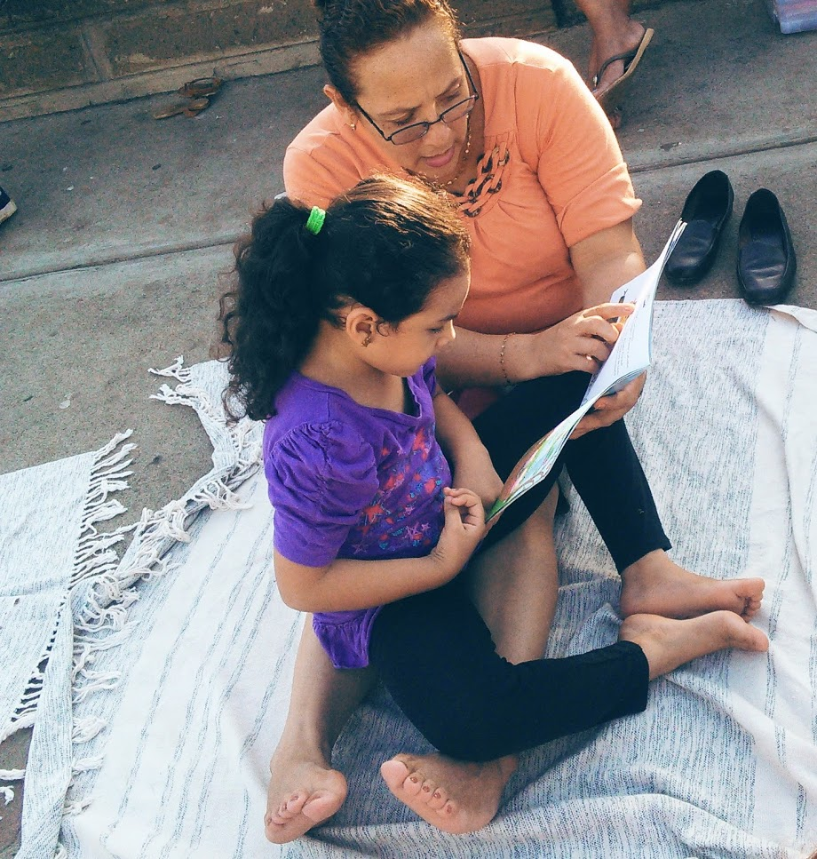 Read with mama The Curiosity Circle