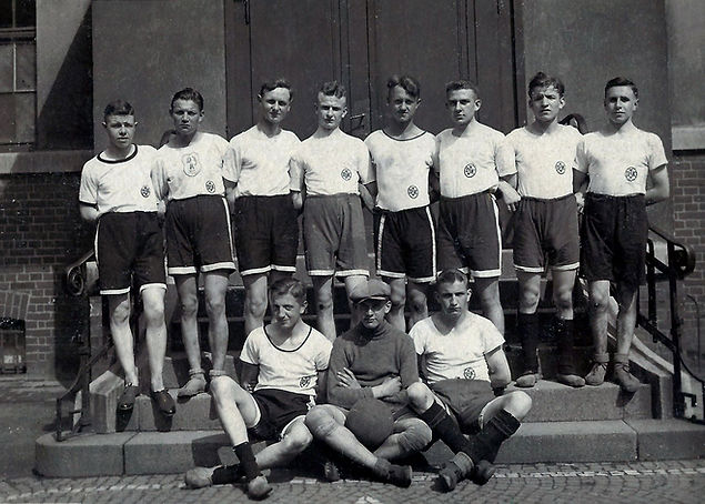1926 Handball Bezirksmeister_b_kl.jpg
