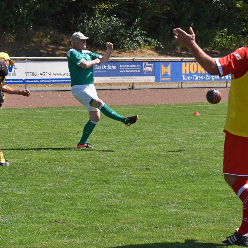 TuS Walking Football