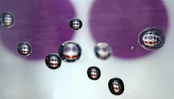Bubbles in sanitiser