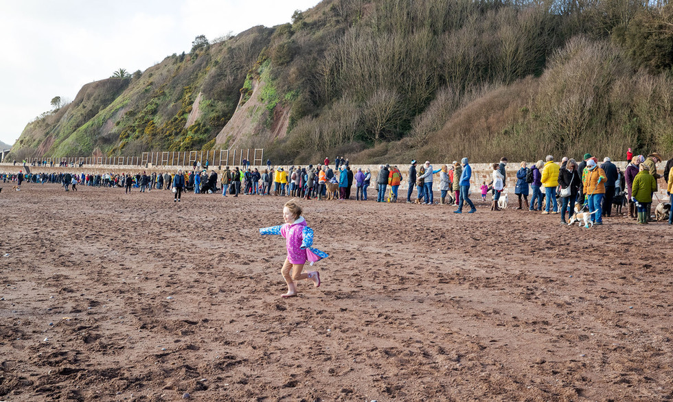 Human Chain along Teignmouth beach