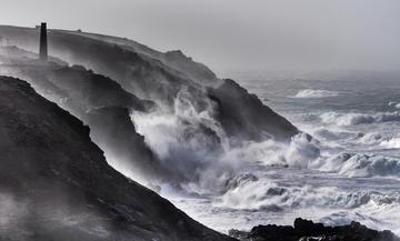 049_Storm Imogen at Pendeen Cornwall_Dav
