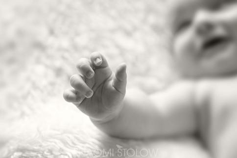 A47I7536_baby_jake_hands_fb.jpg