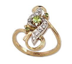 золотое кольцо с демантоидами