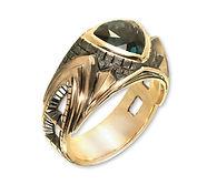 мужской перстень в готическом стиле