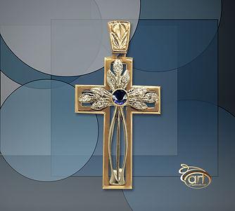 золотой крест с сапфиром