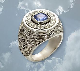 эксклюзивный мужской перстень из белого золота