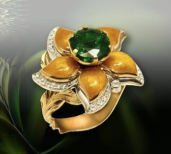 золотое кольцо с крупным изумрудом