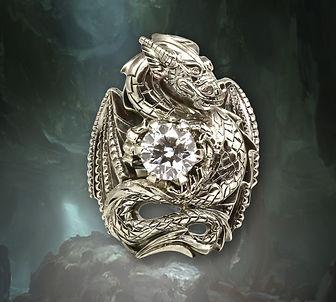 кольцо из белого золота с крупными бриллиантами