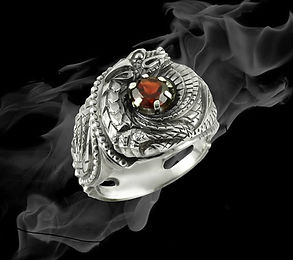 кольцо из серебра с драконом