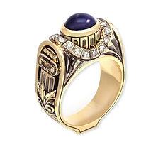мужской золотой перстень с сапфиром