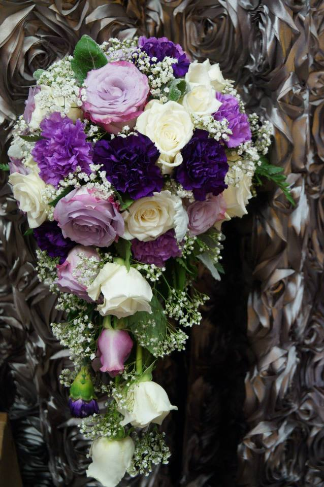 Teardrop Bouquet.jpg