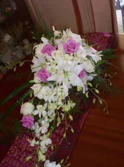 cascading bouquet 2.jpg