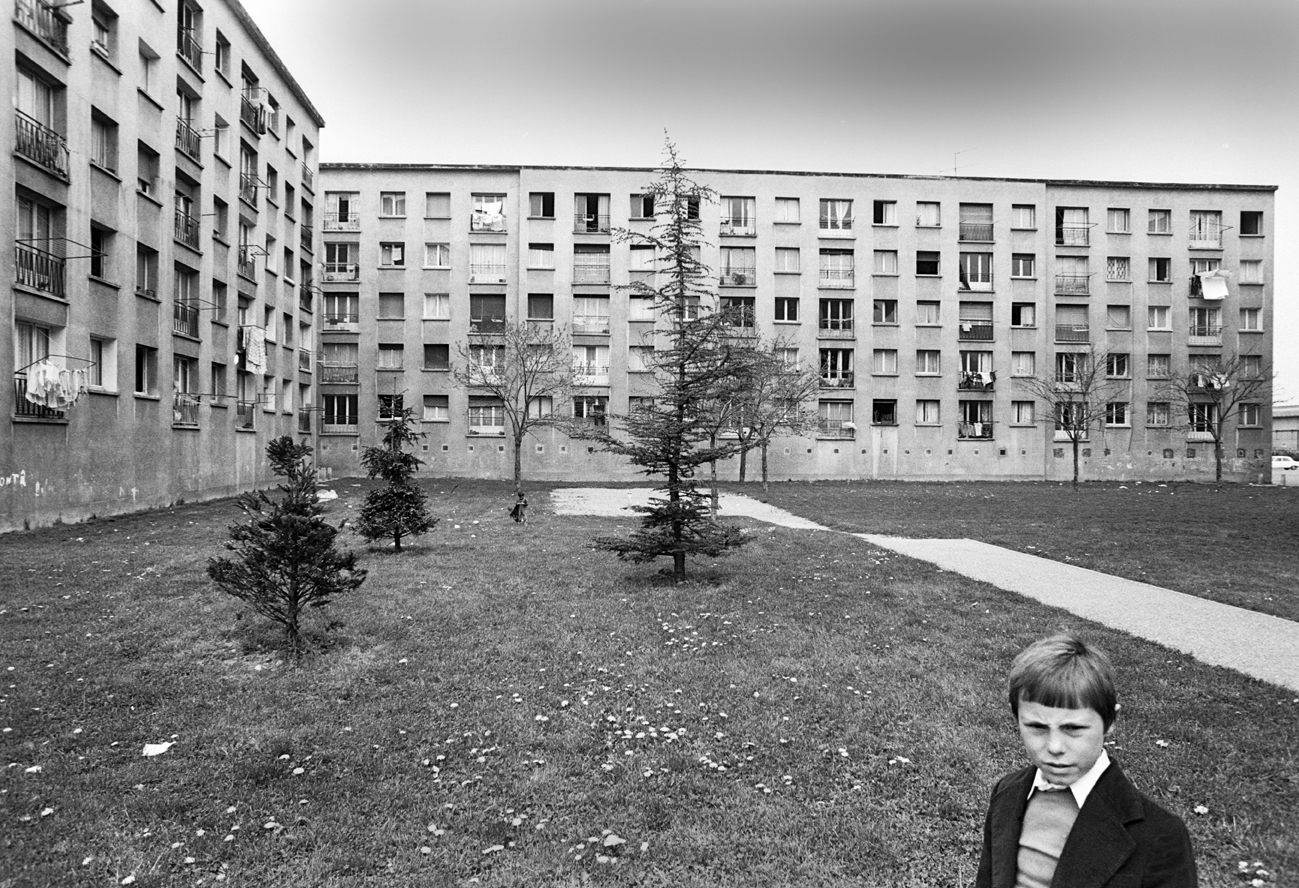 Banlieue. 1978, Grenoble,  France.