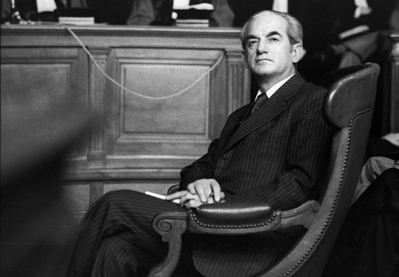Alain Peyrfitte, 1984.
