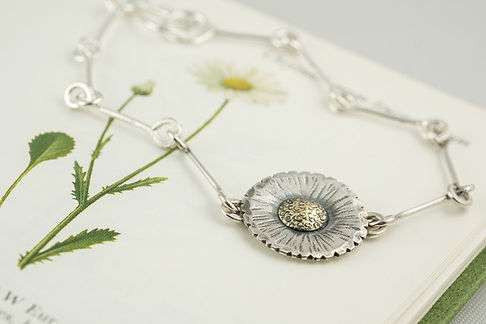 silver and brass daisy chain bracelet.jp